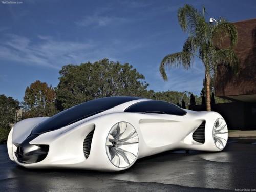 سيارة مرسيدس Biome هي سيارة كوبيه تتسع لأربعة أشخاص